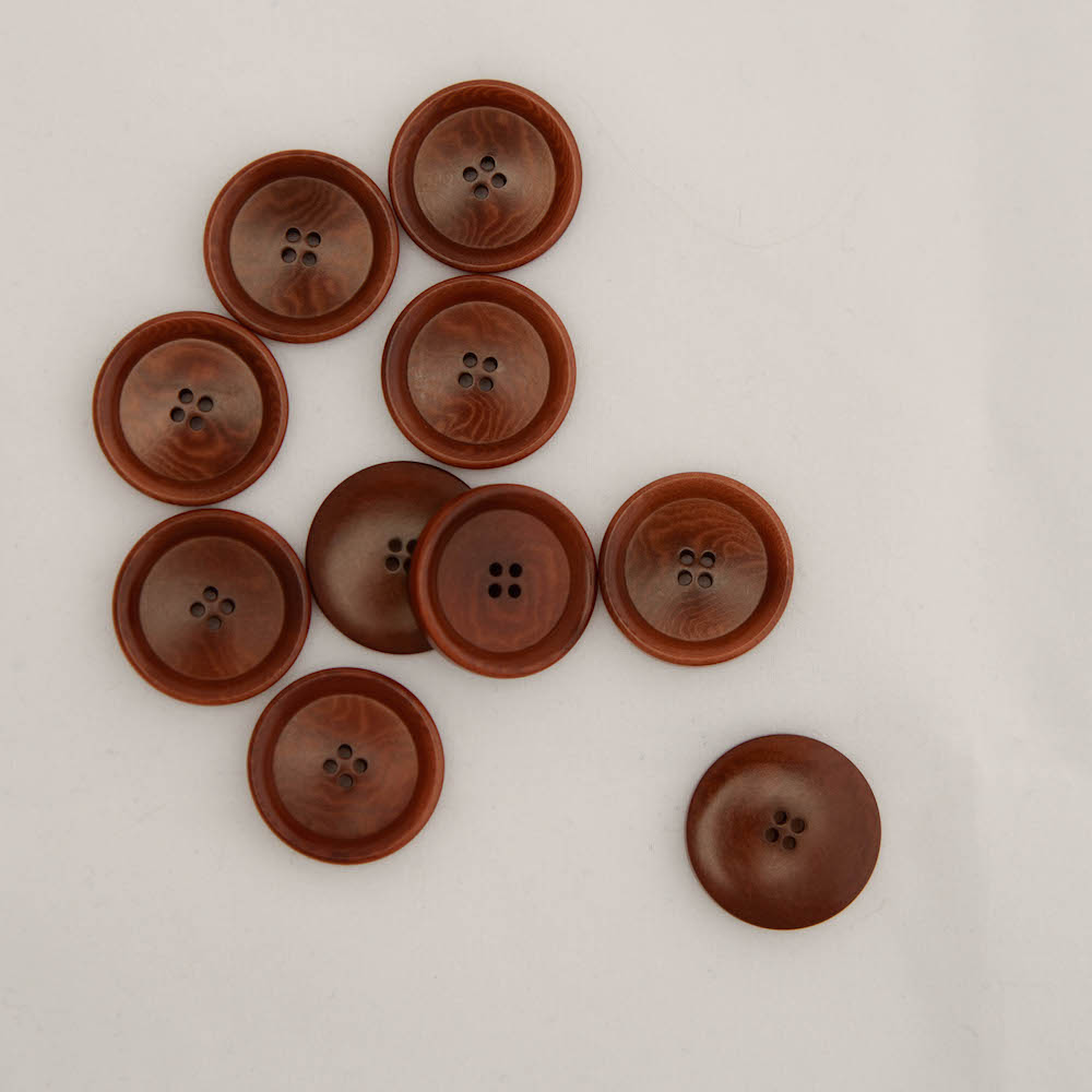 Buttons from corozo